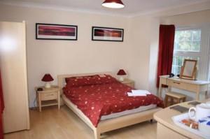 Oakhurst Bed & Breakfast - double bedroom